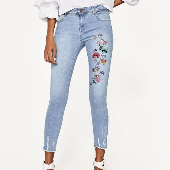Zara Floral Embroidered Distressed Skinny Jeans